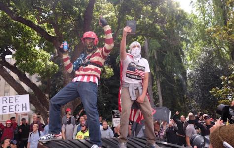 Antifa Attack Free Speech at Berkeley Rally