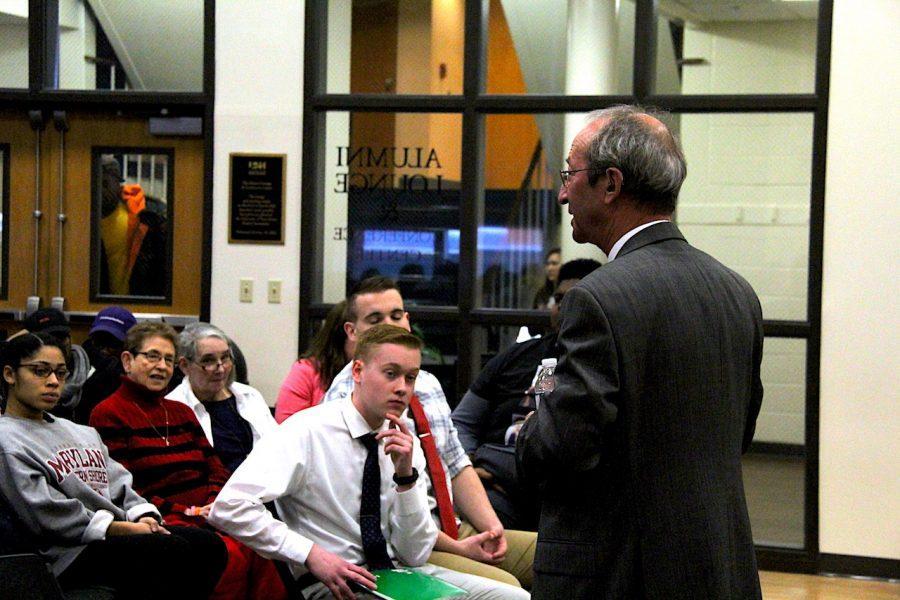 President Kaplan Hosts Open Forum