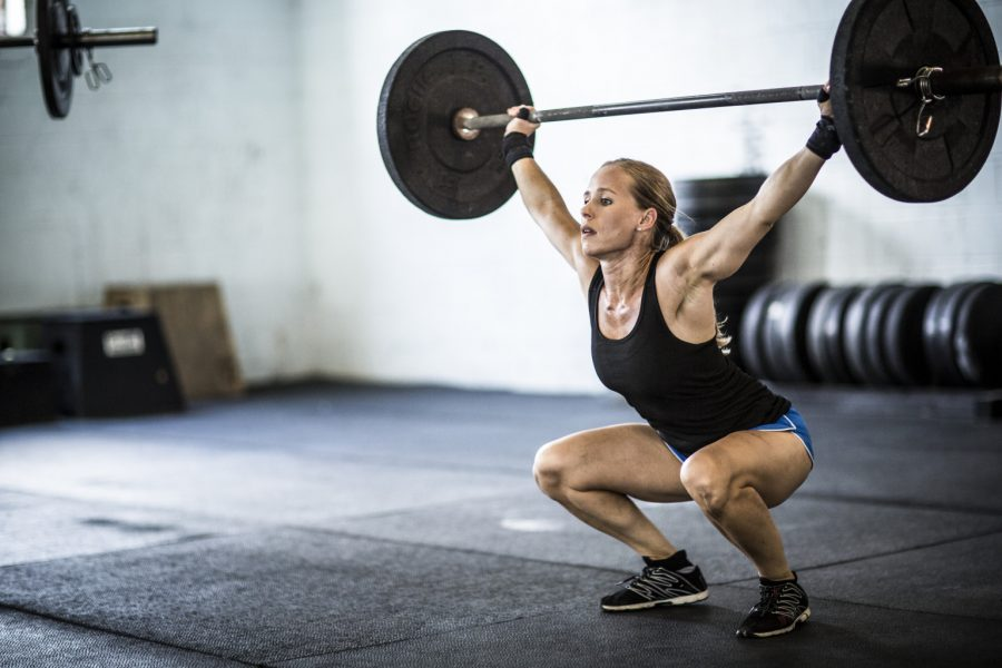 woman+doing+crossfit+snatch