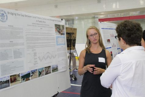 Students Show Off SURF Research Results
