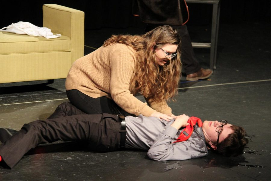 Theater Club Holds Short Play Festival