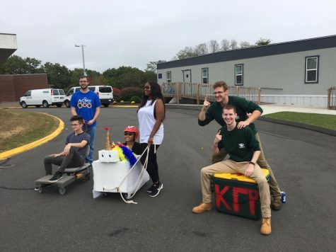 USGA Hosts the Homecoming Chariot Race