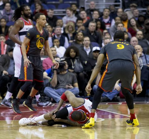 James sets career high for assists as Cavs win