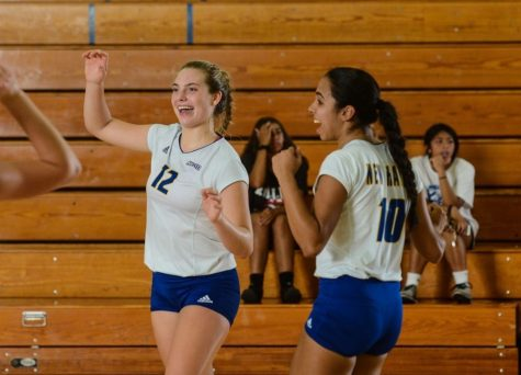 Charger's Volleyball Dominate in First Conference Game