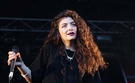 Lorde Sees Ghosts of Sets Past
