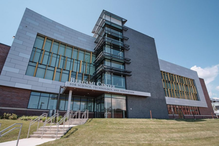 University Presents Grand Opening of The Bergami Center for Science, Technology, and Innovation