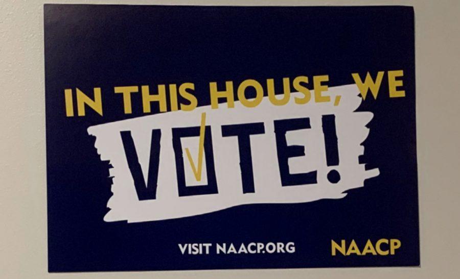 University+students+encourage+voting